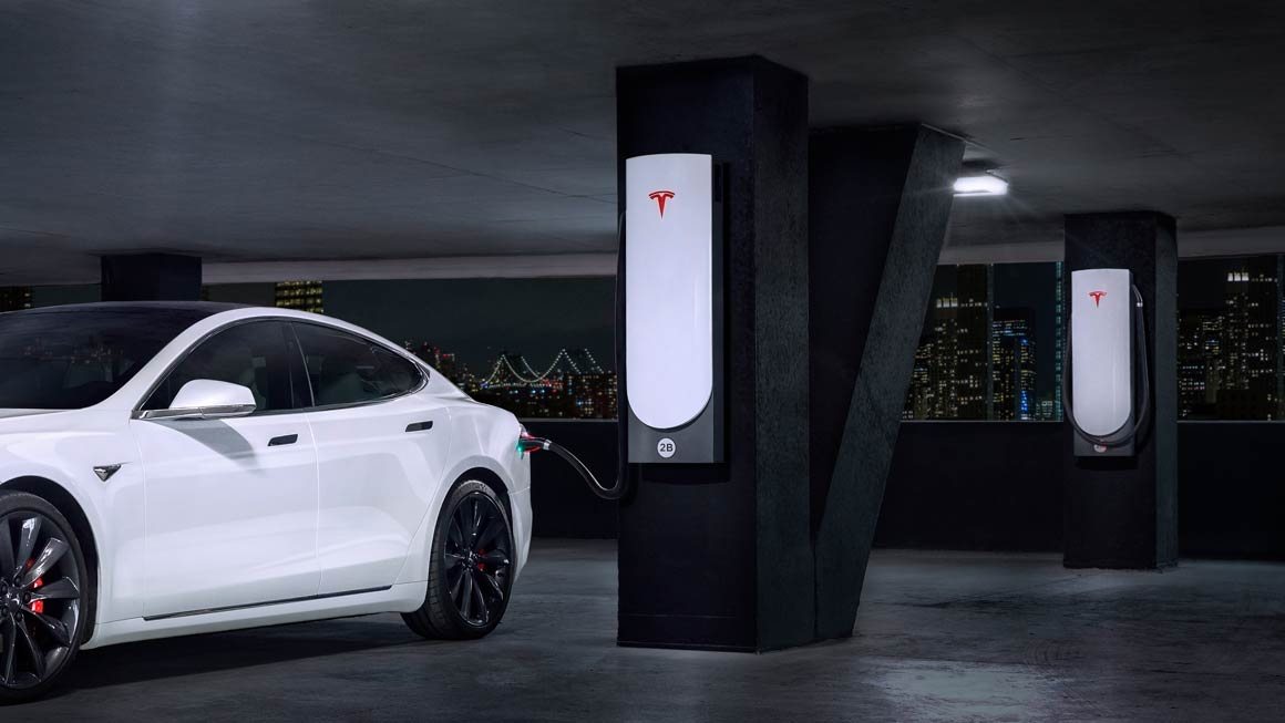 New Tesla Supercharger can give 1000 miles of charge per hour